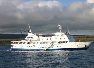 Eclipse Deluxe Yacht From US$ 4700.00 7 AND 8 DAYS